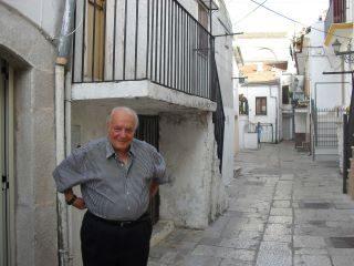 Joseph Tusiani compie 90 anni. Gli auguri della Putèca