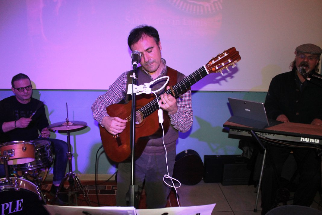 Cantata in dialetti diVersi a SAN MARCO (79)